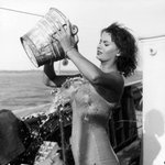 Sophia Lorens Ice Bucket Challenge, 1959 http://t.co/TAaOyYNnV0