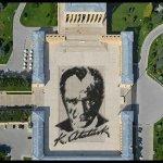 #AtatürkDemek Anıtkabirde 6 bin kişiyle yapılan Atatürk portresi tamamlandı. http://t.co/XxpXG3hL3H