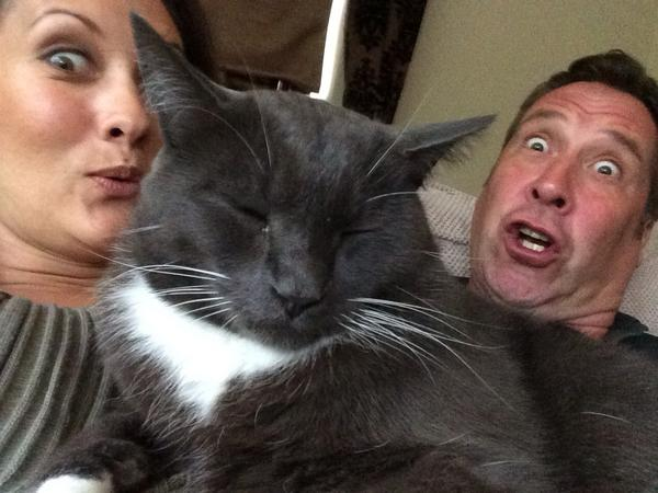 Me and @thedavidseaman have #photobombed the cats selfie!!! http://t.co/xfLvq8SusA