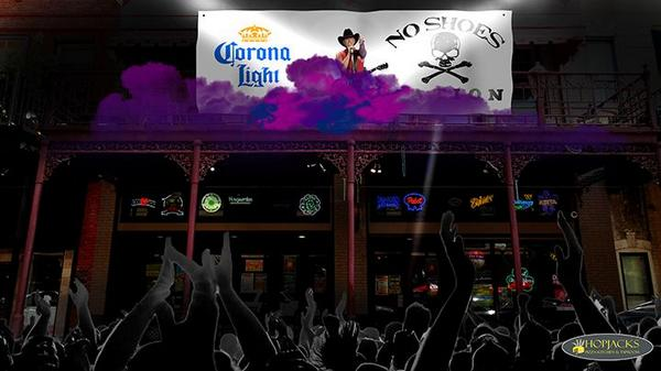 Kenny, this could be you tomorrow. @kennychesney @7GalleryNights #ChesneyOverPalafox http://t.co/X1OKtz9DzC