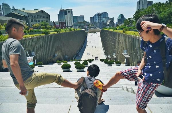 【KrTV-视频】氪星人另一面——36氪逗比的韩国之旅! http://t.co/MDqKOYGHpv http://t.co/lYChybnKjh