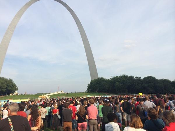 Crowds gathered at the Arch Grounds for #NMOS14 to hold a vigil for #MikeBrown. http://t.co/tXJPDeaBk9