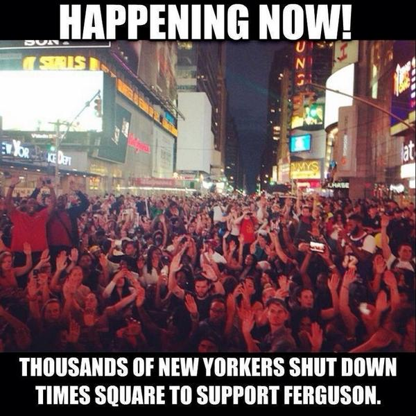Thousands of New Yorkers shut down Times Square in support of #JusticeForMikeBrown #Ferguson http://t.co/4YiZ7WPjuR