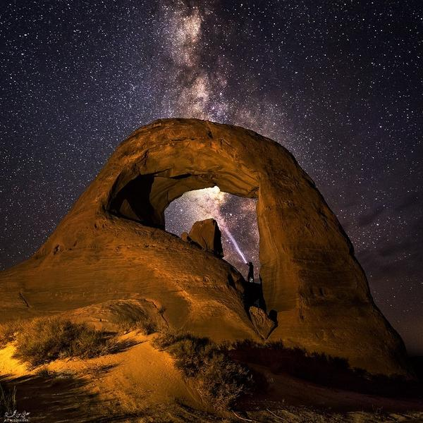 """beautiful night sky #photo """"@drkent: With the #MilkyWay by Ali ALSUHAIBANI  #WeAreAlive http://t.co/ydoKb7bX4P"""""""