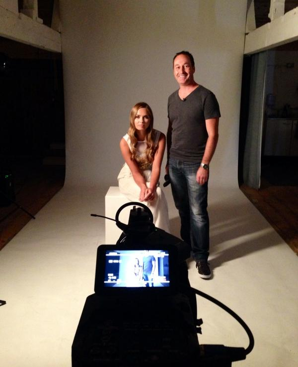 test Twitter Media - Bowens shooting with tog Wayne Johns and model @Alize_Lilli http://t.co/NXeSfqb9Ip