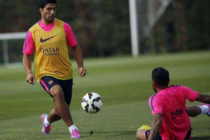 Barcelonas Luis Suarez says he feels like a footballer again after first training session [AS]