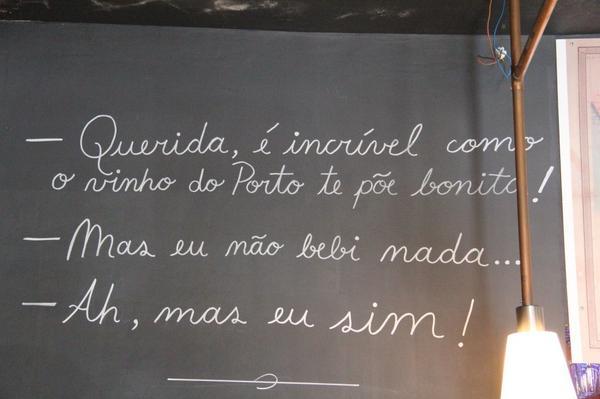 #Porto (69) Chérie ... Le porto te rend plus belle ! Mais ... Je n'ai rien bu ! Moi, si ... Beaucoup !! http://t.co/8uKGWVEfsq