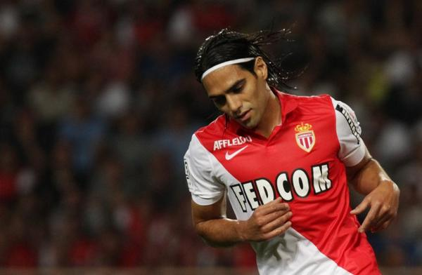 Radamel Falcao would consider a 1 year loan to Liverpool [Mail on Sunday]