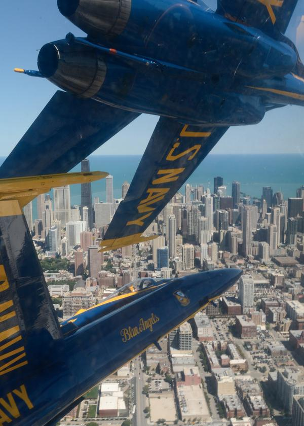 Angel's Eye view of #Chicago from #BlueAngels practice Thursday. #chicagoairandwatershow http://t.co/L2R9kM8STx