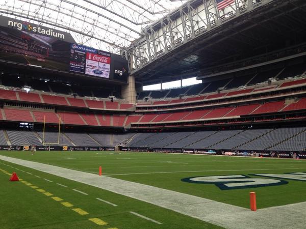 Happy game day! #TexansPreseason http://t.co/ApIIFCXPvP