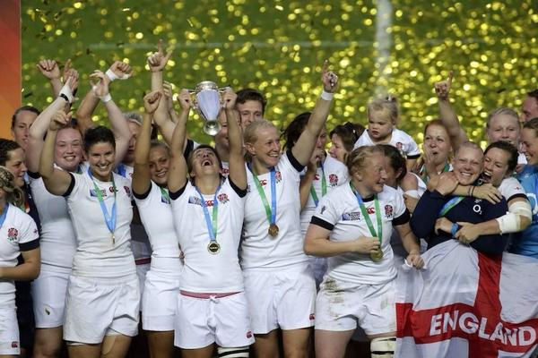 Fabulous photo. Huge congrats @katymc10 and the England women's rugby team #WRWC14 http://t.co/Kv1h8LY9LH