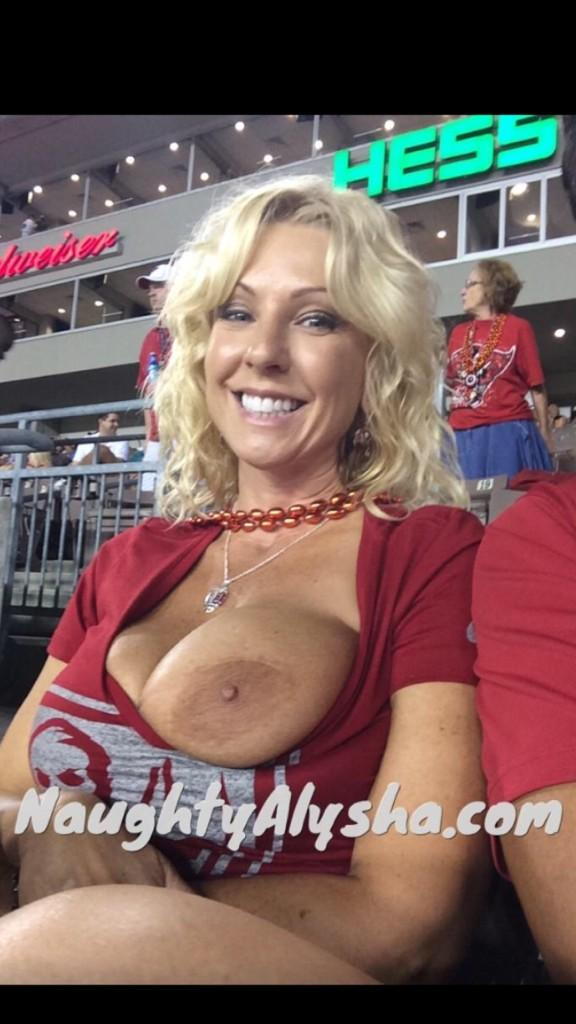 Not sure what happened to this post but a few of you wanted to see it again ;). #bucslife #bucsfan4life