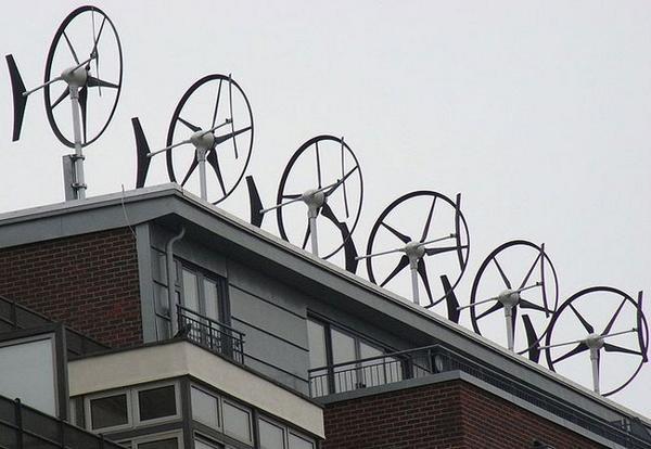 Meer #windmolens op #daken?  We gaan er voor @RonnieAmsterdam @DuurzaamActueel @PakDeWind @vetteviscom @bennileemhuis http://t.co/6ANNCoiA7d