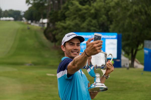 It's not a proper celebration without a #selfie with the Sam Snead Cup. #AtTheWyndham http://t.co/cMZmWiHT8I