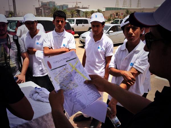 حبايبنا المجموعات الشبابية بـ #الرياض و #جدة و #الدمام شاركونا تحدي #سقيا ١٥٠,٠٠٠ عبوة للتنسيق: soqya@awladriyadh.org http://t.co/LLS29gNmlL