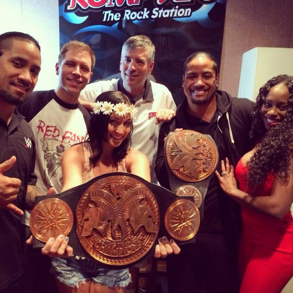 @NaomiWWE @WWEUsos Thank y'all for stopping by! Naomi's the best thumb wrestling competitor