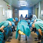 Chinese doctors bowing down to an 11 year old boy with brain cancer who saved several lives by donating his organs... http://t.co/p3XsgfCq8D