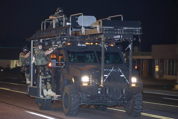 Who do they think they're fighting?RT @JustinnLamar Son, WTF!?!  We didn't equip our MRAP's like this in Afghanistan! http://t.co/Ez9qdN6Jhw