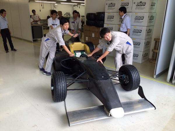 童夢F110 FIA-F4シェイクダウンに出発!この時が一番楽しみだ。 http://t.co/6dSDFLCV6Q