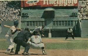 The clubhouse/lockers at Polo Grounds were in direct CF; 483 feet away. The stairs leading up to them were in play. http://t.co/lorkZ6cpu6