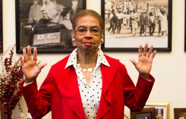 I stand with the peaceful protesters in #Ferguson. From D.C. to MO – #HandsUpDontShoot http://t.co/QypVC8RmY1