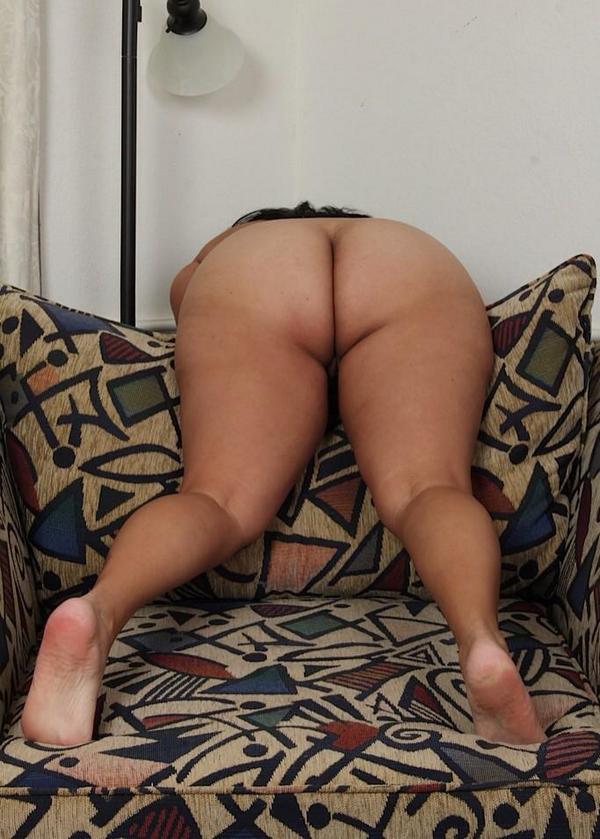 порно фото жирные бабы в трусах раком № 60239 загрузить