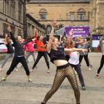 RT @LizCahalan: So much dance passion at #beydance! Well be doing Love on Top in the morning. 10am at @Gildedballoon @edfringe http://t.co/J4Y5Exbvx5