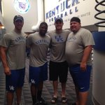RT @ShaneBoyd7: 10+ years of UK qbs in this pic!! @timcouchtv myself, The new starting qb @patty_ice14 @JaredLorenzen22 #WeAreUK http://t.co/2eApvVwyXP