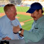 RT @Dodgers: Tonight, @BryanCranston met his hero, Vin Scully. http://t.co/W25vJxvNgT