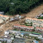 18 dead, 13 missing in Hiroshima, Japan landslides (PHOTOS) http://t.co/ql3qCDP8A5 http://t.co/XHk4EomFEa