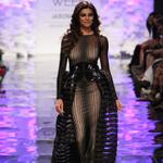 RT @VOGUEIndia: Mesh meets peplum meets metallics at Amit Aggarwals opening show at #lakmefashionweek. View: http://t.co/bMGdFp5AuC http://t.co/3KNw0RtdYX