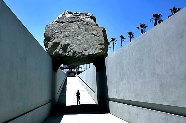 Don't miss Michael Heizer Levitated Mass @LACMA documentary! Truly epic!! http://t.co/lOh8HHP1Mx