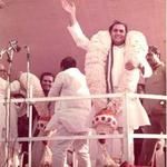 #RememberingRajiv - Candid Moments http://t.co/SActJiAP8D
