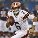 RT @espn: The @Browns have chosen. It's Hoyer over Manziel in Week 1 -> http://t.co/bnlDAqSCU2 http://t.co/xTN7cXmhLZ