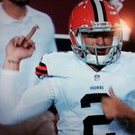 """@SportsCenter: BREAKING: Brian Hoyer named Cleveland Browns starting QB http://t.co/EuVWzFMAsQ"" http://t.co/khTvjbsnx8"