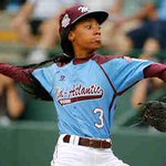 LLWS star pitcher Mone Davis makes cover of Sports Illustrated, history http://t.co/btouNdRs3A http://t.co/5faXWYDYqK
