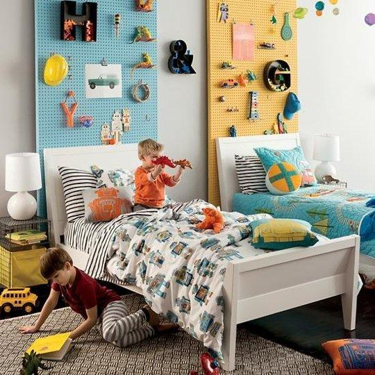 An Updated #Classic: Pegboard in Kids Roomshttp://on.apttherapy.com/TxlIN7 http://t.co/DQzQhV2vmr