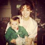 RT @Polish1DUpdates: Mama Louisa wstawiła stare zdjęcie na IG (mrsjohannahdeakin), Lou mając roczek i jeden dzień http://t.co/fThqZMr8RA