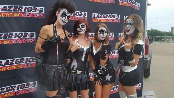 We're ready for @KISSOnline and @def_leppard - are you?  Come see us!!@IAEventsCenter #KISSDM http://t.co/nhXRcENkCS