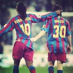 Ídolos #Messi #Dinho #BarzaLover  https://t.co/aTcKNW3pap