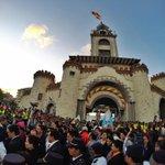 RT @Loja_EC: Bienvenida a la Virgencita del Cisne en la Puerta de la Ciudad, #Loja. @elcomerciocom http://t.co/P53nWffu18
