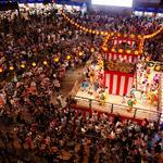 RT @fashionpressnet: 【明日から】六本木ヒルズで盆踊り!昨年約4万人動員、17のレストランが屋台に http://t.co/hpsbesPeX8 http://t.co/QqTsNwpJzt