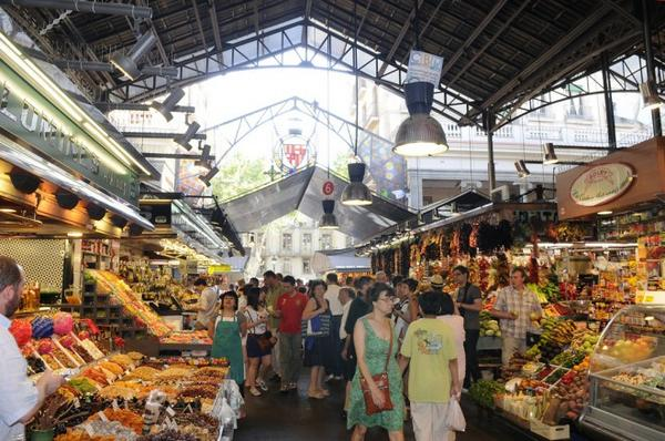Barcelona residents rank their public markets as 2nd most valuable public service after libraries @PPS_Placemaking http://t.co/wwQPuPdpjS