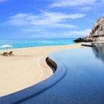 SERVICE LE PARISIEN : plage ou piscine ? Grâce à HotelsCombined vous n'aurez plus à choisir ! http://t.co/3Oq9JxqT7L http://t.co/3N0fbWebZy
