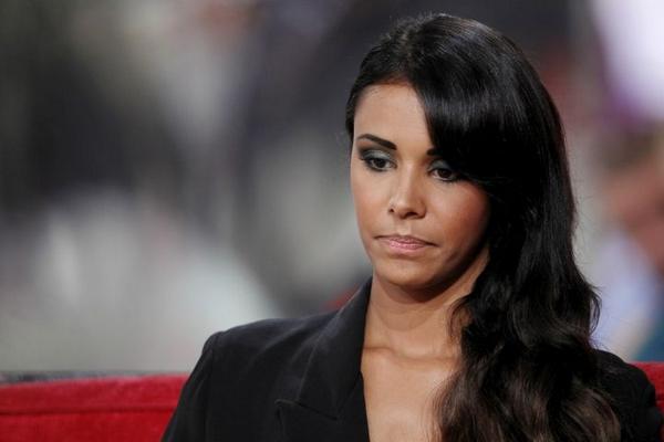 Paris : la chanteuse Shy'm arrêtée au volant ivre et sans permis >>http://t.co/6hVwkW8fa1 #Shym http://t.co/ByZ6ePh32h