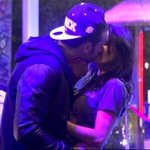 Nathalie et Aymeric sembrassent... #SS8 http://t.co/PmA236siD6