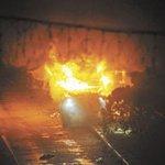 #Managua: Vehículo explota luego de una colisión en paseo a desnivel de rotonda Centroamérica http://t.co/ugSmrJS5uh http://t.co/pNmtnvOwa4