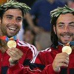Hoy hace 10 años atrás junto a mi amigo @elfergonzalez lográbamos la primera medalla de oro en la historia de Chile! http://t.co/GMNf5duIPz