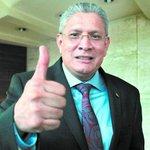 """Esdras Amado López: Mi compromiso con """"Mel"""" fue por coyuntura; no soy de izquierda. Ver más en http://t.co/h8ksRmP5z4 http://t.co/TLp1X3Wli5"""