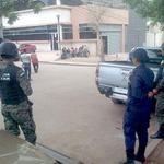 Refuerzan seguridad en morgue de #Tegucigalpa. Lea la nota completa en: http://t.co/RpKXx2IwIq http://t.co/WU4SHrHxXN